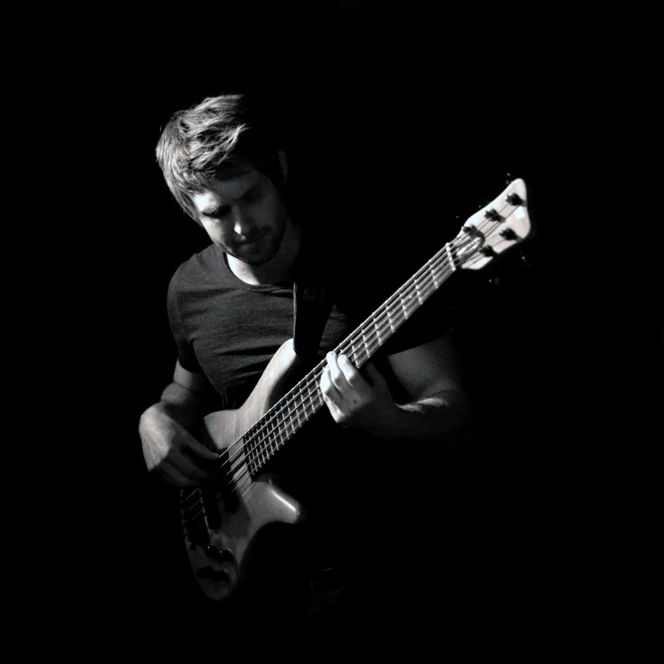 Bill Banwell Session Bassist 23